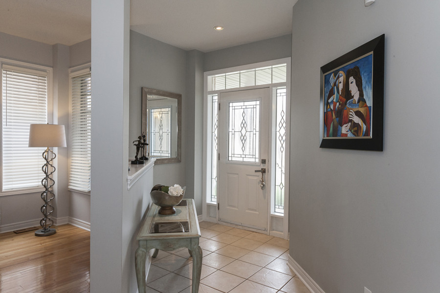 Entrance and Foyer to 2049 Woodgate Drive, Oakville
