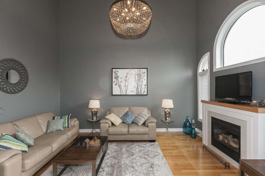 Family Room with Cathedral Ceilings and Gas Fireplace